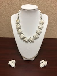 White leaf pendant necklace with earrings set - obo San Diego, 92131