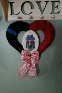 Heart wired Fire/Police officer wreath Levittown, 11756
