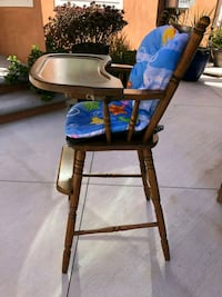 Vintage baby high chair initial D on back Lakewood, 90713