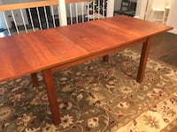 Wood dining table Fairfax, 22031