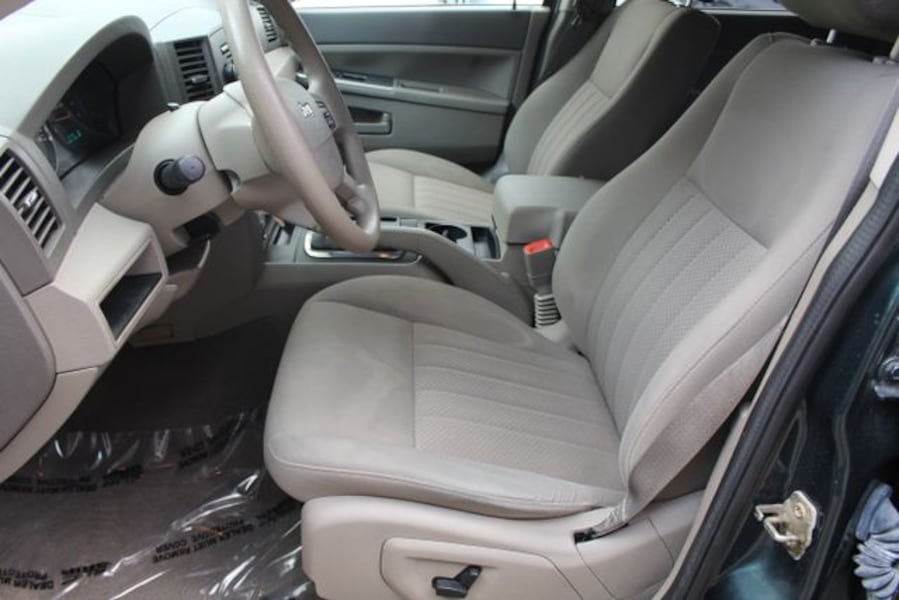 Used 2005 Jeep Grand Cherokee for sale efbbe2d0-3309-41a0-82e0-dfdf06f24c8b