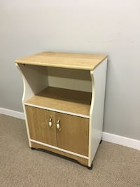 brown and white wooden 2-drawer nightstand Abbotsford, V2T 2H3