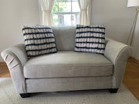 Oversized loveseat-BRAND NEW!  Wauwatosa, 53226