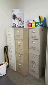 7 different Filing Cabinets for sale. 2 - 4 drawer Las Vegas, 89104