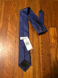 Calvin Klein tie new with tag  46 km