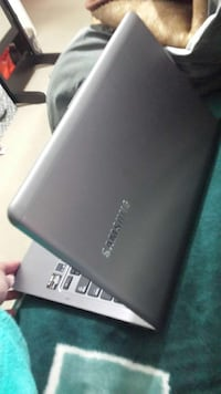 Nice Samsung laptop for sale!! Mississauga, L4W 3S8