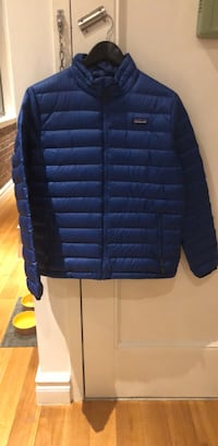 New youth size XXL Patagonia down jacket  New York, 10014