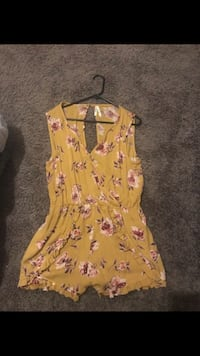 women's pink and white floral sleeveless dress Oklahoma City, 73129