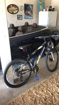 black and blue hardtail mountain bike Carlsbad, 92008