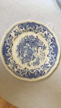 1930s Seaforth pottery 10 inch plate West Whiteland, 19380
