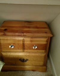 2 Oak Nightstands Gaithersburg
