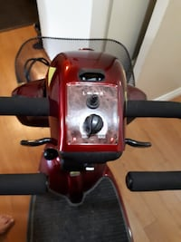 Deluxe ShopRider Mobility Scooter-HAMILTON>ONT