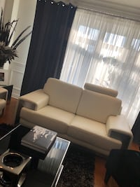 White leather couches never used with stainless steel kick plates Côte-Saint-Luc, H4W 3L3