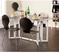 Brand new in the box Dining table for sale Mississauga, L5K 1T3