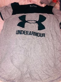 Medium under armor shirt Boca Raton, 33431