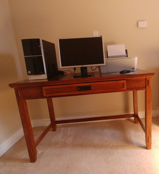 Mission Style Computer Desk | Tyres2c