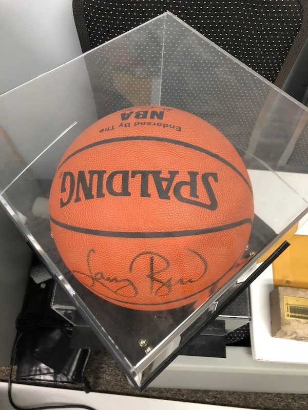 finest selection 5a6be b0160 Signed basketball by Larry Bird