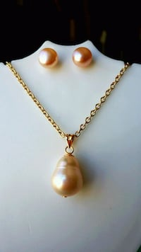 Genuine Pink Pearl Set   Las Vegas, 89107