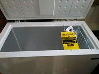Upright freezer 7.2 cubic ft. NEVER USED VERY CLEA Chicago, 60632