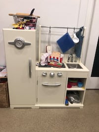 white wooden cabinet with shelf Los Alamitos, 90720