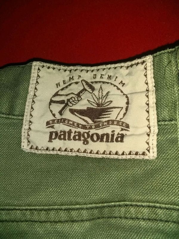 Patagonia W32-L32 men's outdoors wear, worn once,  282dafe3-1bec-40c0-9a05-a9880f52e340