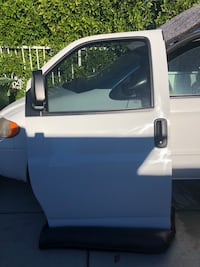 2015-2018 chevi express driver side door Los Angeles, 91601