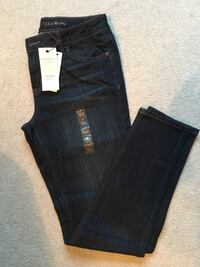 2 Pairs Simply Vera Mid Rise Skinny Jeans size 8, New, $25 for Both Altoona, 50009