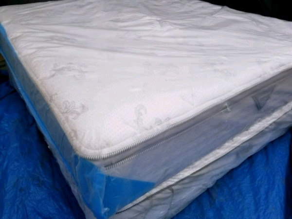 King mattress 500$ delivery 50