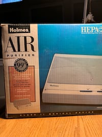Holmes Air Purifier with Hepa filter Fox Lake, 60020