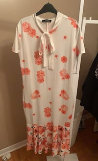 LADIES XL STUNNING DRESS! It looks amazing on!!! Asking $25 Vaughan, L4H