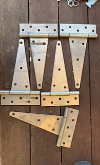 "Used 10"" Heavy T Hinges (5)"