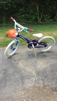 toddler's blue and white bicycle Elgin, 60120