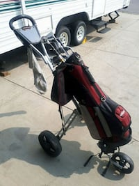 Golf clubs and pullcart Spruce Grove, T7X 3Z9