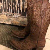 New ladies Corral boots