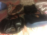 4 leather purses excellent shape, clearing out