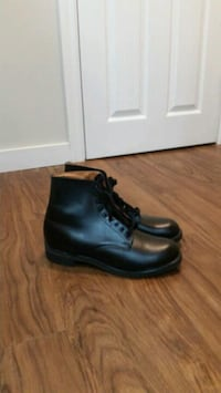pair of black leather work boots Mississauga, L4Z 3E9