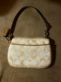 white and brown Coach monogram hobo bag Brantford, N3S 2C3