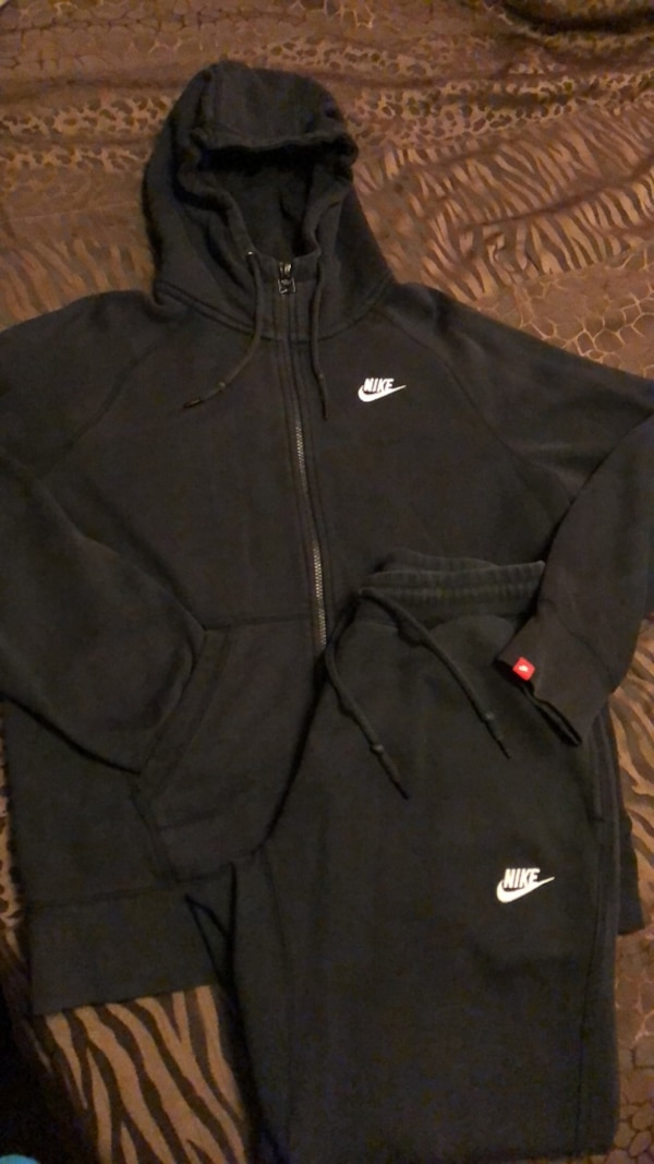 e54a7a4d Used Mens nike sweat suit for sale in Camillus - letgo