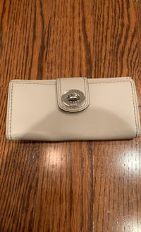 Coach cream leather wallet Richmond Hill, L4B 1B1