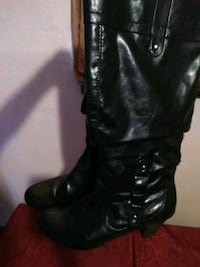 pair of black leather knee-high boots Copperas Cove, 76522
