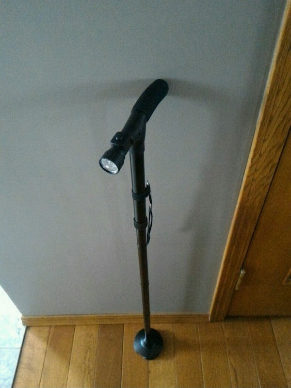 Walking cane with light
