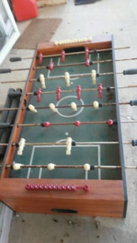 red and green foosball table Ashville, 43103