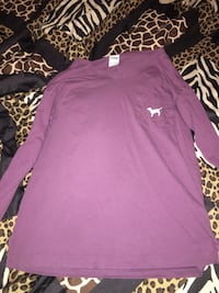 Pink shirt / size small.. they usually fit bigger Menlo, 30731