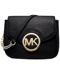 Michael KORS black CROSSBODY..
