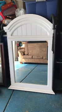 Mirror with sold wood  Reno, 89508