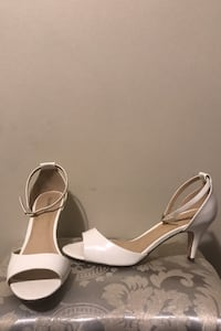 White high heel shoes size 10