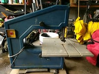 blue and gray table saw Port Moody, V3H 1E5