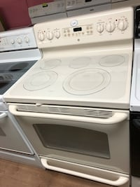 GE beige electric stove  Woodbridge, 22191