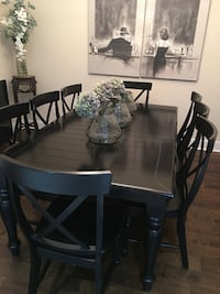 Dining Room - 8 Person Table - Black - great condition Cypress, 77433