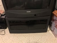 """TV Stand for a 32"""" Toshiba TV Vienna, 22182"""